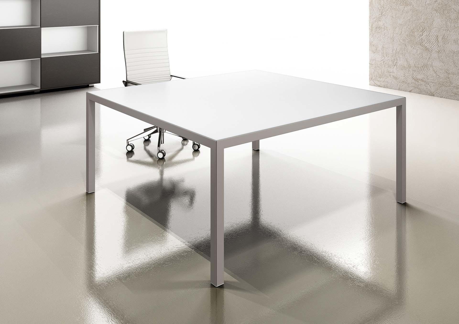Tavolo per piccola riunione bianco