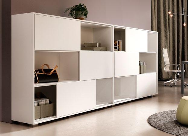 libreria bianca con ante scorrevoli