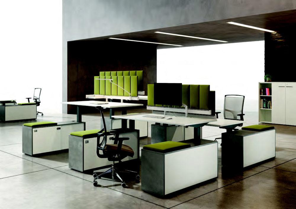 scrivania con piano elevabile